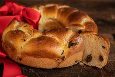Calta - svadobná vianočka - Chuť od Naty: Foodblog o chutnom jedle a ... Bagel, Lunch, Bread, Dinner, Food, Basket, Dining, Eat Lunch, Brot