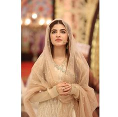 Top 5 Sexiest Youngest Pakistani Actresses of 2019 Asian Wedding Dress Pakistani, Pakistani Formal Dresses, Pakistani Party Wear, Pakistani Dress Design, Party Wear Dresses, Bridal Dresses, Girls Dresses, Kinza Hashmi, Stylish Girls Photos