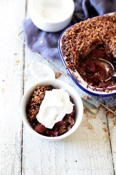 Apple and blueberry crumble with coconut yoghurt - dairy, gluten & refined sugar free recipe