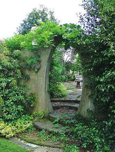 Awesome Newtownards Ballyrogan Ballyrogan Park The Grange oval moongate DSCF Garten