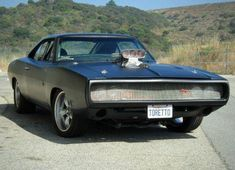 1970 Dodge Charger from The Fast and the Furious and Fast and Furious.Driven By:Vin Diesel (Dom Toretto). Dodge Charger 1970, Pontiac Gto, Chevrolet Camaro, Retro Cars, Vintage Cars, 1966 Gto, 1966 Chevelle, Dodge Srt, Dodge Muscle Cars