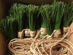 DIY: tassels pine needles #decoration #pine #handmade #string #garland #tassels #needles