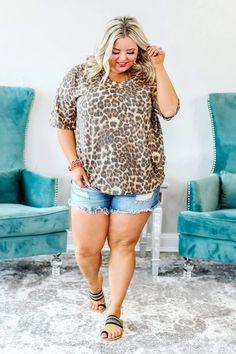 Plus Size Summer Outfit, Plus Size Casual, Plus Size Tops, Summer Outfits, Botique Clothing, Plus Size Boutique Clothing, Curvy Fashion Summer, Curvy Dress, Leopard Print Top