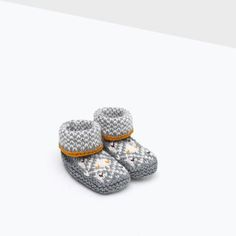 Image 6 of MINI TRICOT SHOES from Zara