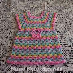 alt=free crochet pattern, crochet granny dress, crochet granny tunic, vestidinho em crochet, túnica em crochet, instruções passo a passo