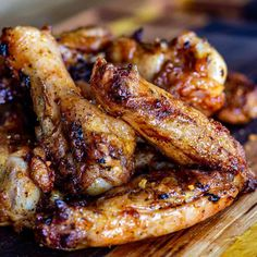 Who doesn't love crispy smoked chicken wings? This is my favorite way to smoke wings. Smoke Chicken Wings Recipe, Smoked Chicken Wings, Smoked Chicken Recipes, Sausage Recipes, Ground Venison Recipes, Smoked Wings, Pellet Grill Recipes, Smoking Recipes, Scallop Recipes
