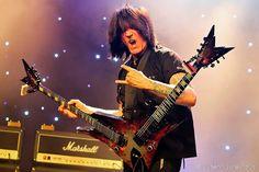 Tutorial Lengkap Belajar Gitar Melodi Ala Michael Angelo - http://cafemusik.com/belajar-musik/tutorial-lengkap-belajar-gitar-melodi-ala-michael-angelo/