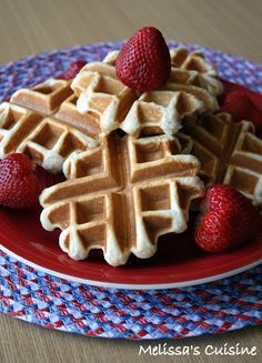 Genius!  Make waffles from refrigerated biscuit dough in your wafflemaker! Biscuit Waffles via @Melissa Kloosterman (Melissa's Cuisine)