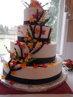 Fall #Wedding #Cake