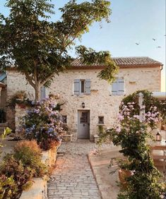 Classic Architecture, Architecture Details, Interior Architecture, Beautiful Homes, Beautiful Places, Sweet Home, Island Beach, Greece Travel, Exterior Design