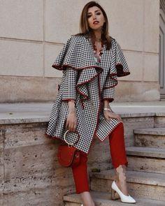 Abaya Fashion, Modest Fashion, Fashion Dresses, Mode Abaya, Mode Hijab, Iranian Women Fashion, Womens Fashion, Moda Plus Size, Chic Outfits