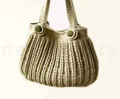 Hey, I found this really awesome Etsy listing at https://www.etsy.com/listing/177808828/pdf-tutorial-crochet-handbag-with