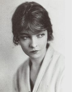"""an irresistible siren, with an extraordinary gentle exterior, under which lies a character of stainless steel"" — Anita Loos on Lillian Gish    Image scanned from ""Dorothy and Lillian Gish"""