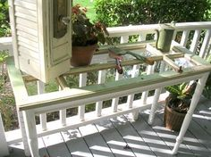 Old Windows as Garden Table . DIY Craft Projects using Old Vintage Windows Doors - Trash to Treasure - Architectural Salvage Vintage Windows, Old Windows, Barn Windows, Windows Decor, Vintage Doors, Window Table, A Table, Patio Table, Garden Table