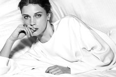 Chaumet Advertorial with Marine Vacth for Harper's BAZAAR Singapore Prettiest Actresses, Chaumet, Harpers Bazaar, Travel Style, Fashion Photography, Beautiful Women, My Style, Beauty, Singapore