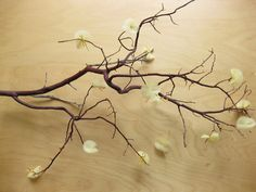 DIY Wedding Details: Tulle Flower Blossoms for Branch Centerpieces