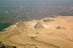 'Pirâmides de Gizé'. # Cairo, Egito.