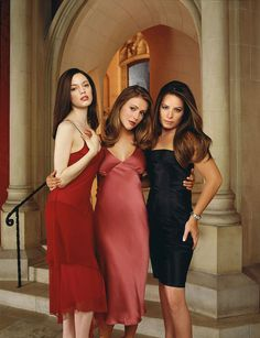 Rose McGowan, Alyssa Milano & Holly Marie Combs (Paige, Phoebe & Piper):Charmed