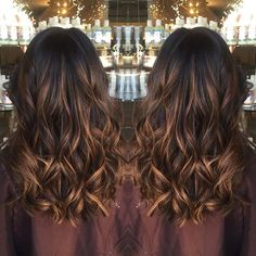 Caramel balayage #balayage #balayageombre #highlights #caramel #caramelbalayage #aimeecutsanddyes #kuthausclaremont #claremontvillage #35mileseastofla #soften #hotd #ootd #motd #hair #haircolor #haircut #animals #chinohills #riverside #SanBernardino #pasadena #chino #brea #longbeach #orangecounty #behindthechair #americansalon #modernsalon #pulpriothair #balayagedandpainted