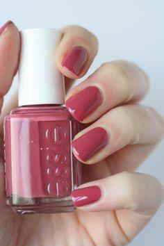 Essie In Stitches - muted berry pink creme polish / lacquer / vernis, swat. - Essie In Stitches – muted berry pink creme polish / lacquer / vernis, swatch / manicure: Es - Essie Nail Polish, Nail Polish Colors, Essie Pink Nail Polish, Nail Polishes, Nail Colour, Gel Polish, Pink Nails, My Nails, Glitter Nails