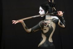Geisha dragon, very different from my dragon-- so beautifully done and very creative.