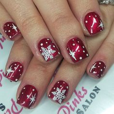 31 Cute Winter Inspired Nail Art Designs