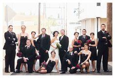 16 Ideas for wedding photography bridal party group poses family photos Bridal Party Poses, Wedding Poses, Wedding Portraits, Wedding Ideas, Wedding Dresses, Diy Wedding, Large Family Poses, Family Posing, Family Photos