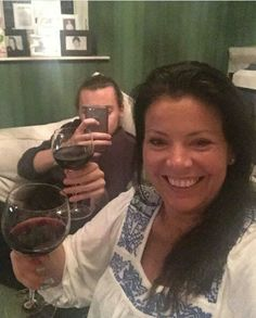 Harry styles and his mom<< excuse me, but that is Anne Harry Styles Hair, Harry Styles Imagines, Hair Styles, Gemma Styles, Harry Styles Pictures, All Family, H Style, 1d And 5sos, Harry Edward Styles