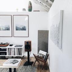 Turntable: Clearaudio Concept / Thorens Super (Vinyl Nirvana) Cartridge: N. Room Interior, Interior Design Living Room, Sound Room, Long Walls, Audio Room, Vinyl Storage, Bungalows, Minimalist Bedroom, Contemporary Interior