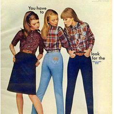 Vintage Fashion Blue Jeans/ Denim Jeans - Remember these? 60s And 70s Fashion, Retro Fashion, Vintage Fashion, Blue Jeans, Denim Jeans, Look Vintage, Vintage Jeans, 70s Outfits, Vintage Outfits