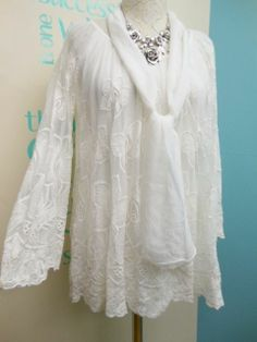 STUNNING LAGENLOOK EMBROIDERED LACE TUNIC & SCARF IN WHITE FITS SIZES 12-16