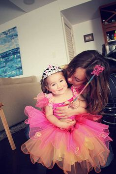 An Au Pair and child have fun playing dress up   Au Pair in New Zealand on your gap year, anyone?