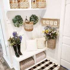 Fabulous and Fresh Farmhouse DIYS And Ideas are waiting to inspire you to create. All the newest happenings in the Farmhouse World Fresh Farmhouse, Farmhouse Decor, Modern Farmhouse, Entryway Decor, Wall Decor, Home Interior, Interior Design, Mudroom, Decoration