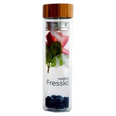 Fressko Glass Flasks, perfect for fruit flavoured water or use the attachment for tea/coffee