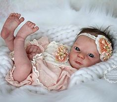 Realborn Ashley awake 18 inches preemie Bountiful Baby, Heaven Sent, Reborn Baby Dolls, Collector Dolls, Cute Babies, Canvas, Italian Furniture, Minis, French
