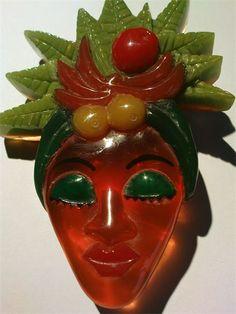 Heathers Collectables - Vintage Bakelite / Plastic Vintage Costume Jewelry, Vintage Costumes, Vintage Jewelry, Plastic Jewelry, Plastic Craft, Retro Vintage, Vintage Items, Art Deco, Vintage Brooches