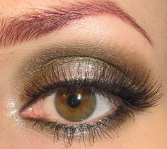 Glitter is my crack...: Green and Brown Eye Makeup Tutorial