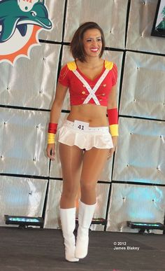Nice Cheerleader in pantyhose - More pictures here: http://sexypantyhose.nyloncelebs.com/cheerleaders-nice-cheerleader-girls-in-pantyhose-02/