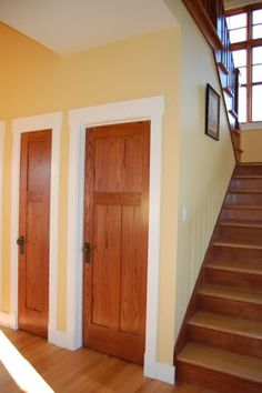 white trim, stained doors maybe? Painted Interior Doors, Interior Trim, Interior Design, Brown Interior, Craftsman Style Front Doors, Stained Wood Trim, Natural Wood Trim, White Baseboards, Oak Trim