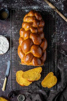 Vegan pumpkin challah bread - this lightly spiced eggless challah bread is made using pumpkin puree which gives it a gorgeous colour and flavour. It is soft, fluffy and absolutely delicious! Includes step-by-step instructions to make a beautiful six strand braid. #veganbread #veganbaking #eggless #dairyfree Vegan Pumpkin, Pumpkin Pie Spice, Pumpkin Puree, Vegan Dessert Recipes, Tart Recipes, Baking Recipes, Bread Recipes, Vegetarian Recipes, Coconut Tart