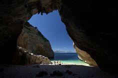 La grotta di Mudaloru by voyager7000, via Flickr