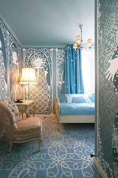 Rooms by Color: Blue and White Rooms Art Deco Furniture, Furniture Styles, Art Nouveau Interior, White Rooms, French Country Decorating, Small Rooms, Blue And White, Interior Design, Design Interiors