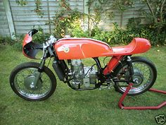 """1968 Bultaco TSS 125 1968 Bultaco TSS 125 The engine in this bike was built and raced by Alec Campbell in the late 1960's. Campbell was a regular at the Isle of Man TT throughout the 1960's and sadly died after a race at Thruxton in 1970. His unique self built disk valve engine ended up in Murrays Museum on the Isle of Man, as a static display in the """"special engines"""" section. The engine itself is based on a 6 speed, gear driven TSS unit, utilising the gearbox, modified clutch and primary…"""