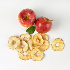 Did you know? 💭 An apple tree can produce up to 400 apples a year, that's one more reason to stay environmentally aware. Apples also have been linked to lower the risk of heart disease. 🍎 Make sure you include them in your daily diet! #eathealthy #fruits #nutrition #naturalproducts