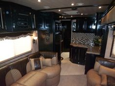 Absolutely Beautiful! Living Quarter Horse Trailer Built by Outlaw Conversions