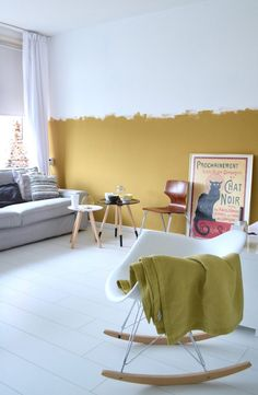 Home Decorating DIY Projects: Inspiration für Wände und Farben - Nail art Half Painted Walls, Half Walls, Painted Feature Wall, Living Room Colors, Wall Colors, Colorful Interiors, Interior Design Living Room, Diy Home Decor, Bedroom Decor