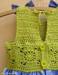 Diy Crafts - - (Crochet) And here is the third and final dress for my friend's daughter (check the first two here: SummerDress 1 , in bright pink Crochet Yoke, Crochet Fabric, Crochet Girls, Crochet Baby Clothes, Crochet For Kids, Crochet Children, Lace Fabric, Diy Crafts Crochet, Crochet Projects