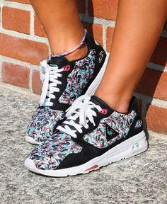 Sneakers Le Coq Sportif R900 W Flower Jacquard #sneakers