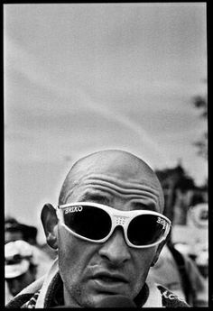Marco Pantani.... A photo of the pirate that I've not seen before.