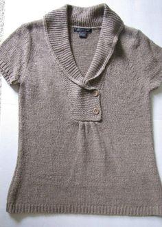 August Silk Textured Short Sleeve Pullover Sweater Size S in Taupe EUC #AugustSilk #VNeck2ButtonPullover